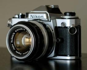 w_Nikon1
